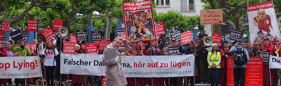 Protests against Dalai Lama via International Shugden Community (ISC) in Germany, 2014